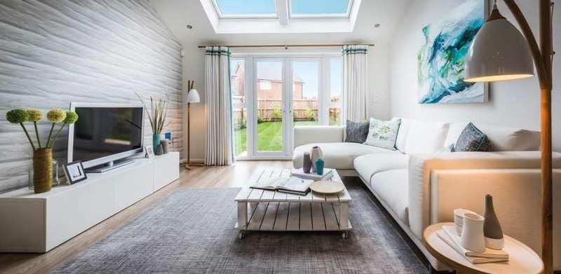 3 Bedrooms Semi Detached House for rent in Herringbone Road, Worsley