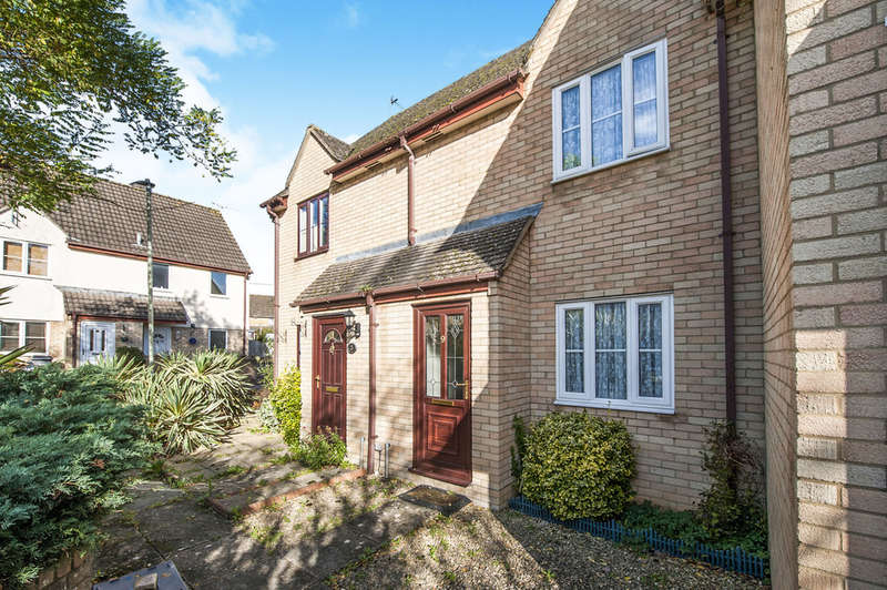 2 Bedrooms Terraced House for sale in Jefferies Close, Fairford