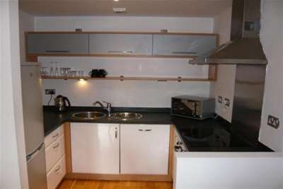 2 Bedrooms Flat for rent in The Lock, City Centre, M1