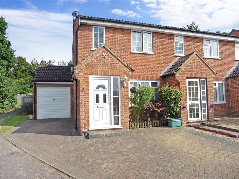 3 Bedrooms End Of Terrace House for sale in Old Barn Road, Leybourne, West Malling, Kent