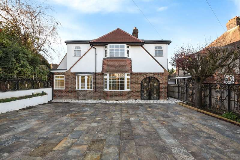 5 Bedrooms Detached House for sale in Croft Close, London, NW7