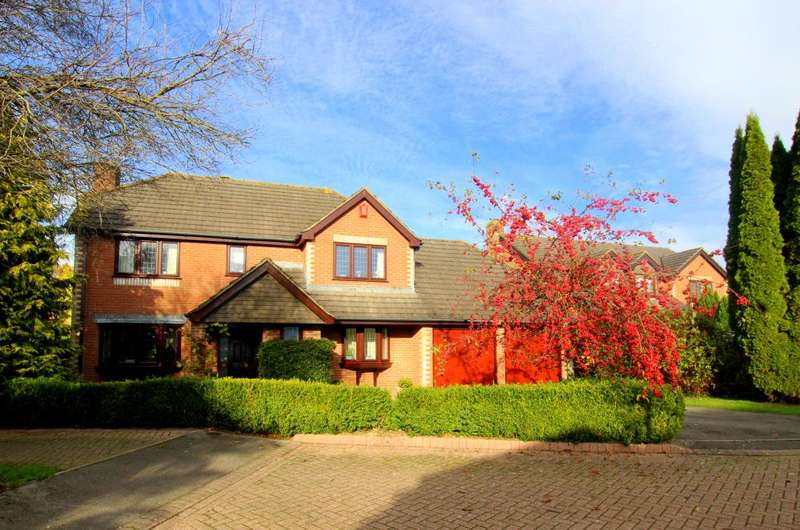 4 Bedrooms Detached House for sale in Hightown, Ringwood, BH24 1QX