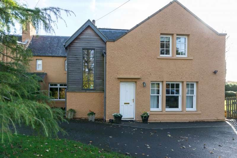 4 Bedrooms Semi Detached House for sale in Annsmill, Leadburn, West Linton, Borders, EH46 7BE