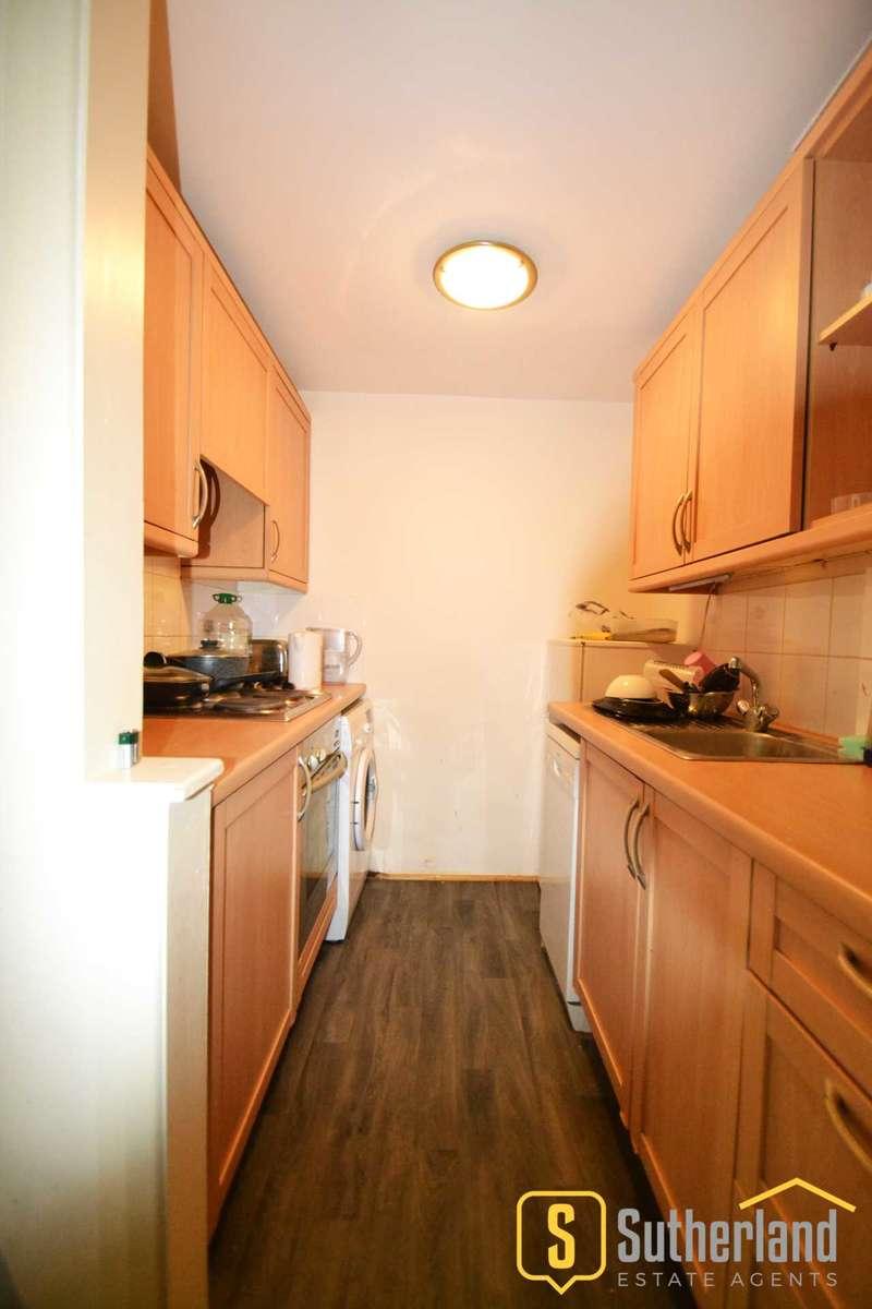 Studio Flat for sale in Oakhill Road, Putney, SW15