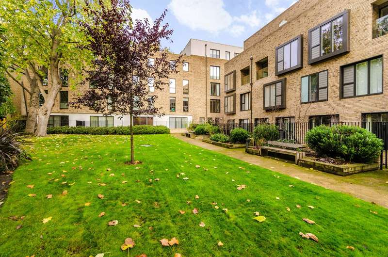2 Bedrooms Flat for sale in Westking Place, Bloomsbury, WC1H