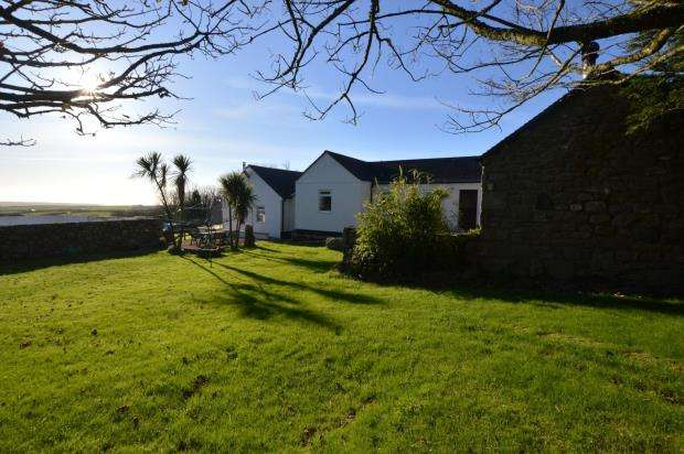 3 Bedrooms Detached House for sale in Lelant Downs, Hayle, Cornwall