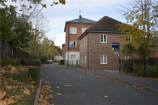 1 Bedroom Apartment Flat for sale in Bath Place, Winchester, Hampshire