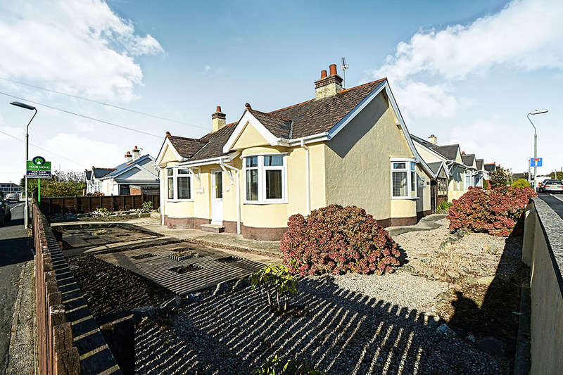 2 Bedrooms Detached Bungalow for sale in New Park Road, Kingsteignton, Newton Abbot, TQ12