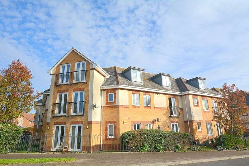 2 Bedrooms Apartment Flat for sale in Whitecliff, Lower Parkstone, Poole, Dorset