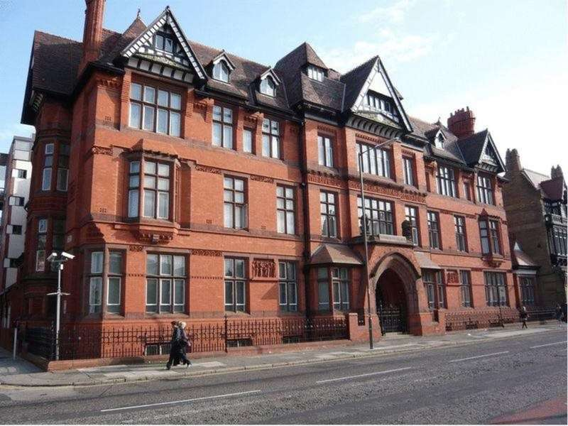2 Bedrooms Flat for rent in Symphony Building, Stowell Street, Liverpool