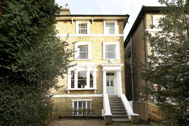 4 Bedrooms Semi Detached House for sale in Devonshire Road, Forest Hill