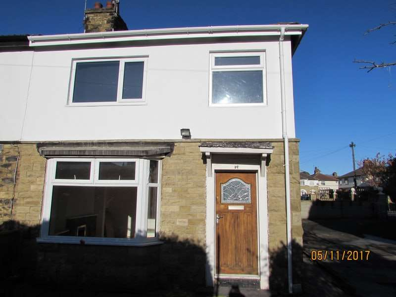 3 Bedrooms Semi Detached House for sale in Warley Drive, Bradford, West Yorkshire, BD3