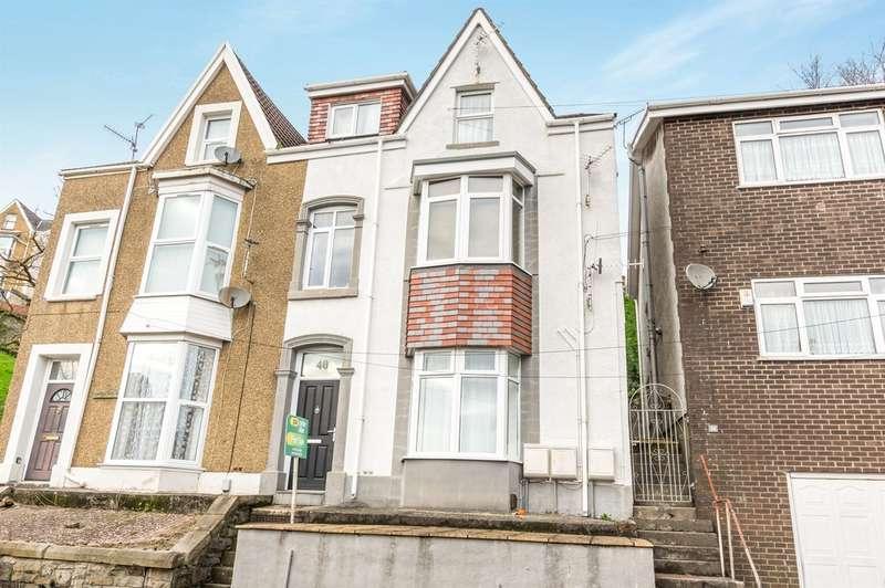 2 Bedrooms Penthouse Flat for sale in Heathfield, Swansea