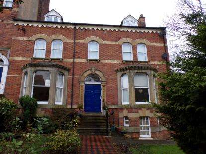 1 Bedroom Flat for sale in Hanover Terrace, Whitby, North Yorkshire, .