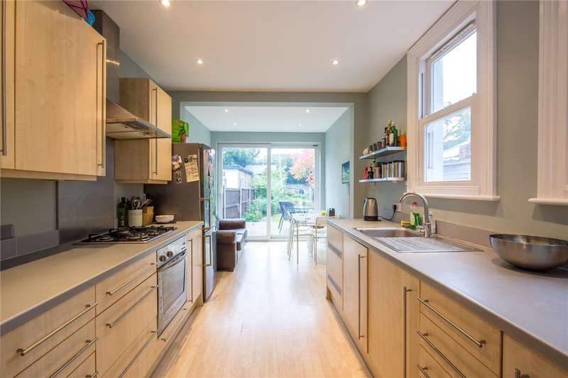 2 Bedrooms Terraced House for sale in Mays Lane, Barnet, Hertfordshire, EN5