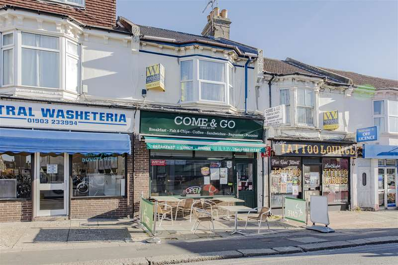 1 Bedroom Flat for sale in South Farm Road, Worthing, West Sussex, BN14 7AA