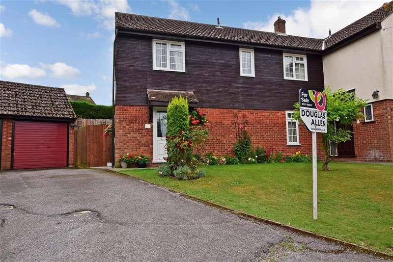 4 Bedrooms Semi Detached House for sale in Dorset Way, Billericay, Essex