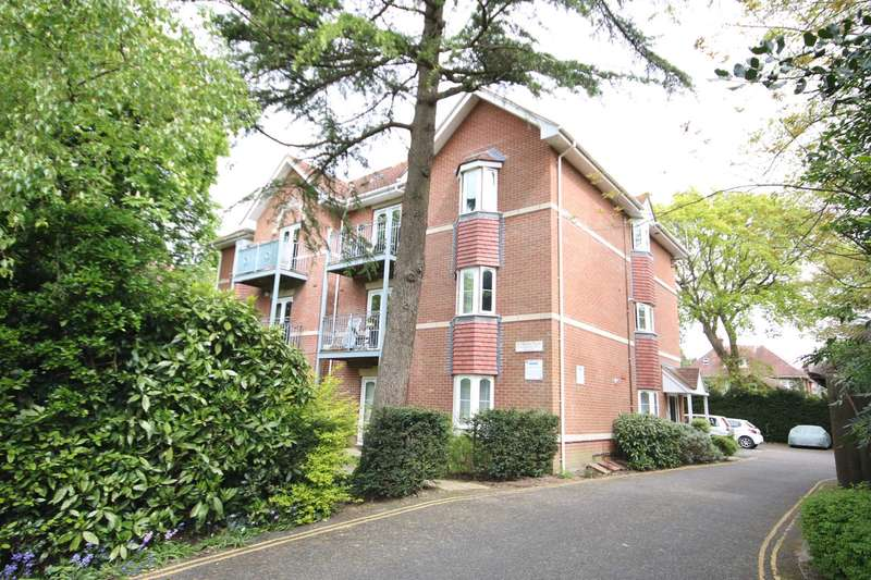 2 Bedrooms Apartment Flat for sale in BH8 Wellington Road, Bournemouth