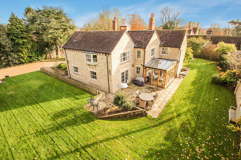 5 Bedrooms Detached House for sale in Rectory Road, Great Haseley
