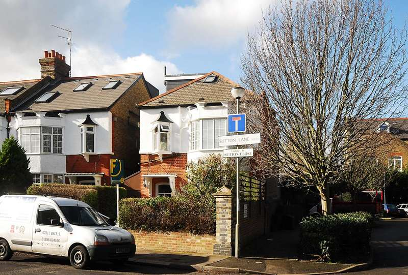 5 Bedrooms House for sale in Sutton Lane South, Grove Park, W4