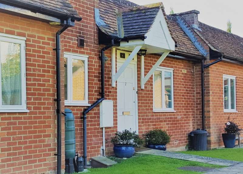 2 Bedrooms Bungalow for sale in Coxwell Road, Faringdon, Oxfordshire, SN7