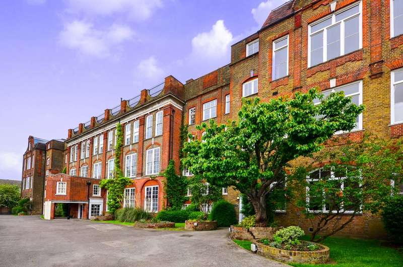 2 Bedrooms Maisonette Flat for sale in Bow Brook House, Bethnal Green, E2
