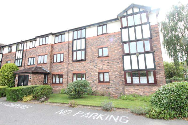 2 Bedrooms Flat for sale in St James Court, Cheadle Hulme