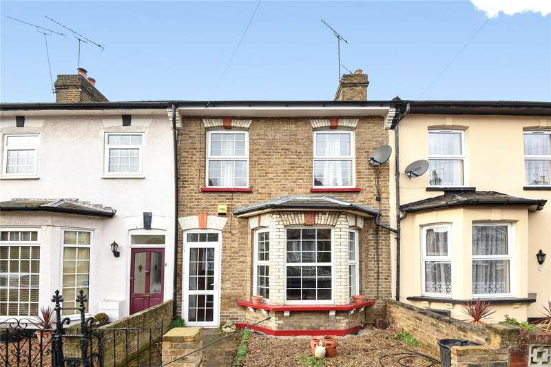 2 Bedrooms Terraced House for sale in Alexandra Road, Uxbridge, Middlesex, UB8