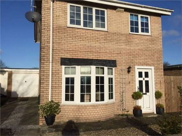 3 Bedrooms Detached House for sale in Forge Way, Porthcawl, Porthcawl, Mid Glamorgan