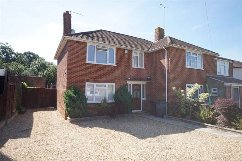 2 Bedrooms Semi Detached House for sale in Wentworth Avenue, READING, Berkshire