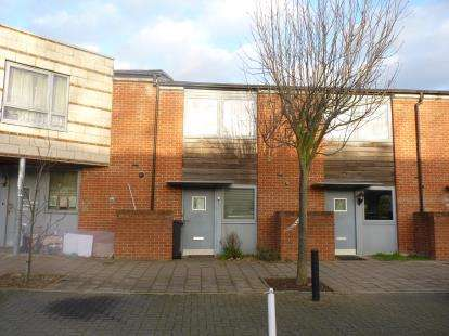 2 Bedrooms Terraced House for sale in Coningsby Avenue, Colindale, London