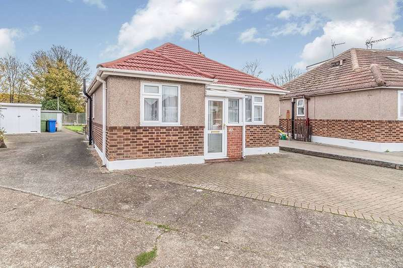 2 Bedrooms Detached Bungalow for sale in Bourne Grove, Sittingbourne, ME10