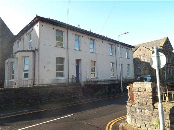 1 Bedroom Apartment Flat for rent in Llys Maendy, Bailey Street, Pentre