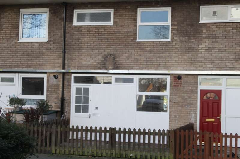 3 Bedrooms Maisonette Flat for sale in Wellington Place, Chester, Cheshire, CH1