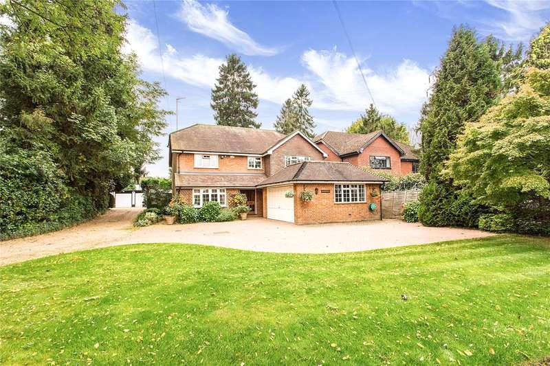 4 Bedrooms Detached House for sale in Nugents Park, Hatch End, HA5