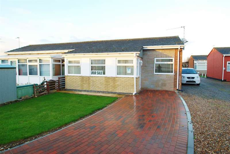 2 Bedrooms Semi Detached House for sale in Baythorpe Park, Burgh Road, Skegness
