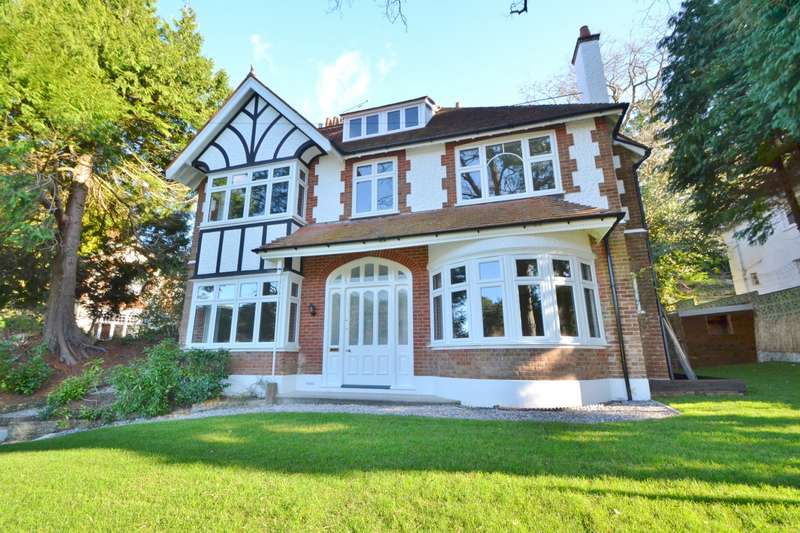 5 Bedrooms Detached House for sale in Branksome Park