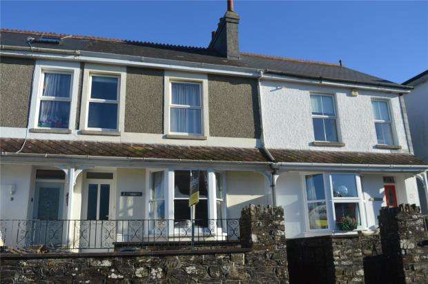 3 Bedrooms Terraced House for sale in Endsleigh Terrace, Liskeard, Cornwall