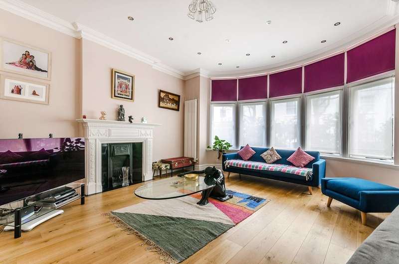 3 Bedrooms Flat for sale in Fitzjames Avenue, West Kensington, W14