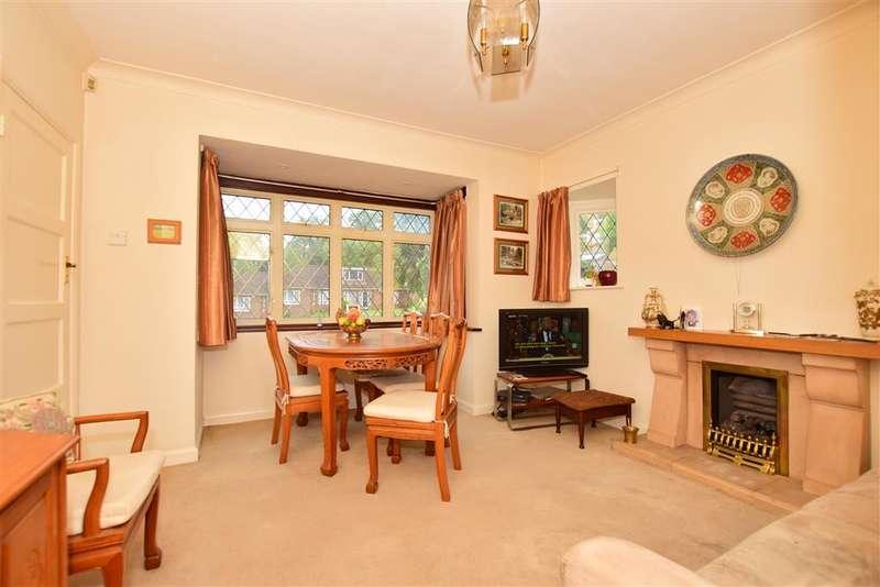 4 Bedrooms Detached House for sale in Robin Hood Lane, , Walderslade, Chatham, Kent