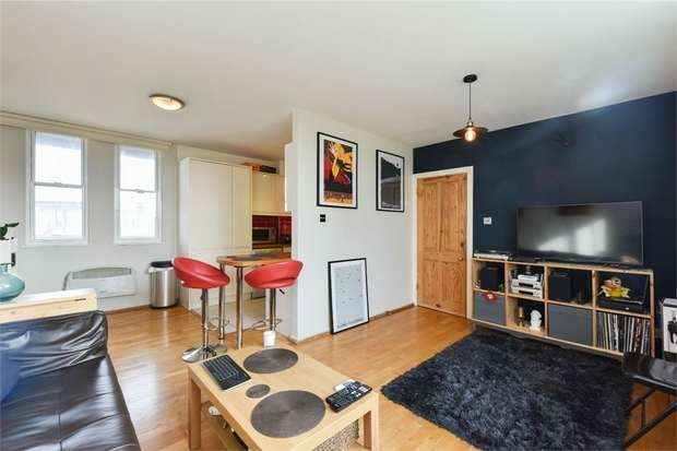 2 Bedrooms Flat for sale in The Mission Building, 747 Commercial Road, London