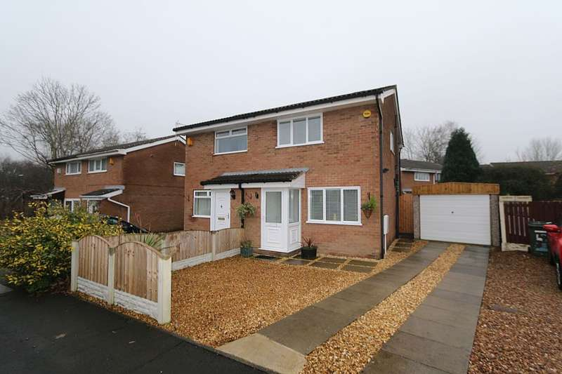 2 Bedrooms Semi Detached House for sale in Clover Field, Clayton-le-Woods, Chorley, Lancashire, PR6 7RP