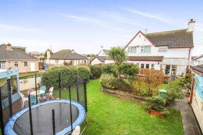 4 Bedrooms Detached House for sale in First Avenue, Prestatyn, Denbighshire, LL19