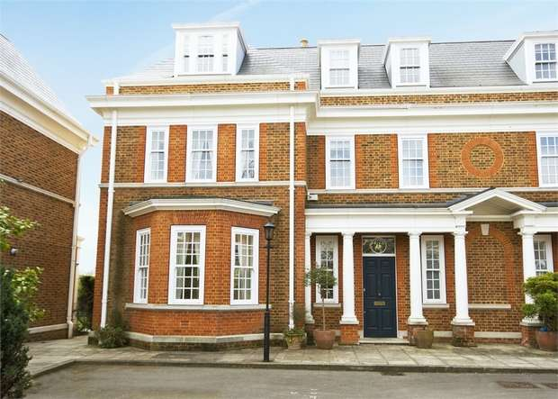 6 Bedrooms Semi Detached House for rent in Redcliffe Gardens, Grove Park Road, Chiswick