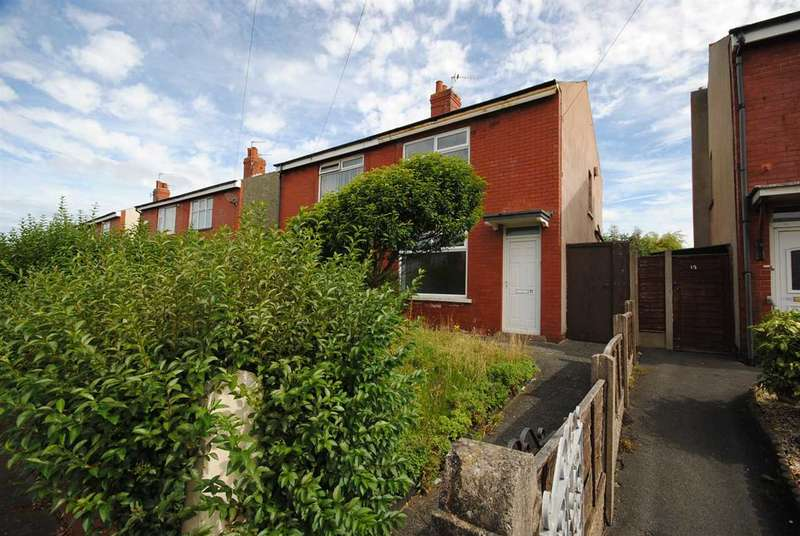 2 Bedrooms House for rent in Courtfield Avenue, Blackpool