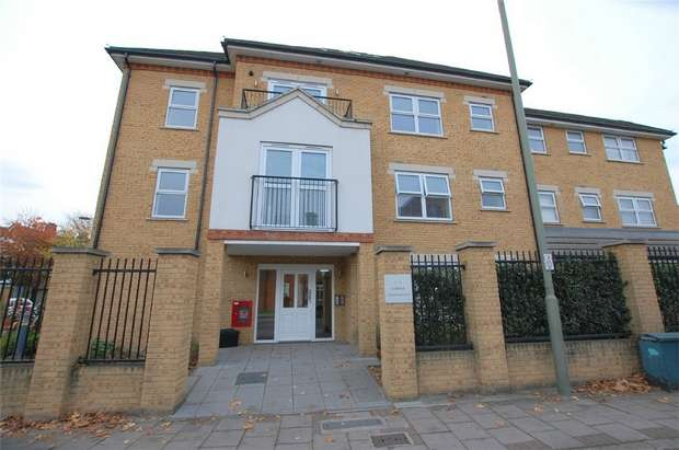 2 Bedrooms Flat for sale in Corner Apartments, 21 Upper Park Road, BROMLEY, Kent