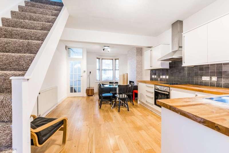 2 Bedrooms Terraced House for sale in Tavistock Road, Stratford, E15