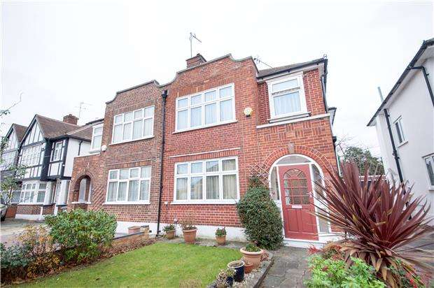 3 Bedrooms Semi Detached House for sale in Preston Hill, Kenton, Middlesex, HA3 9SB