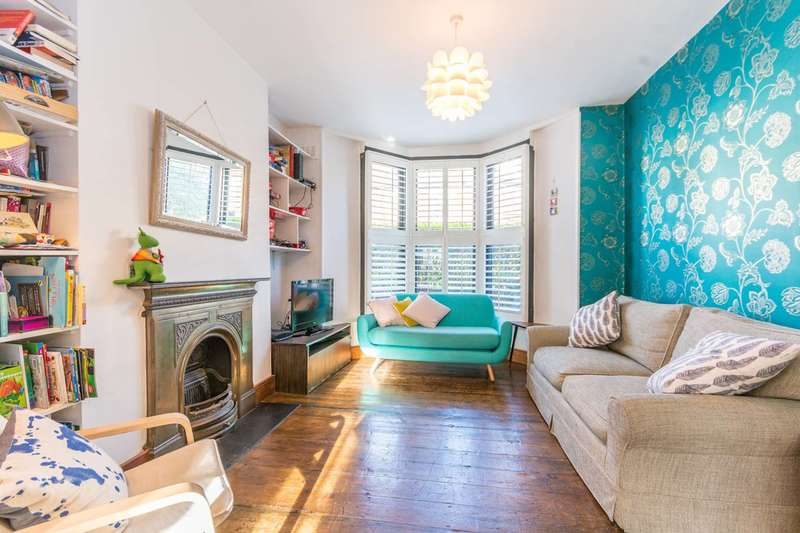 4 Bedrooms House for sale in Brighton Road, Stoke Newington, N16