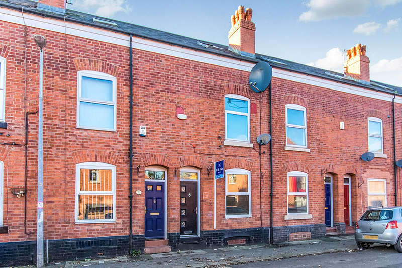 3 Bedrooms Terraced House for sale in Highfield Road, Salford, M6